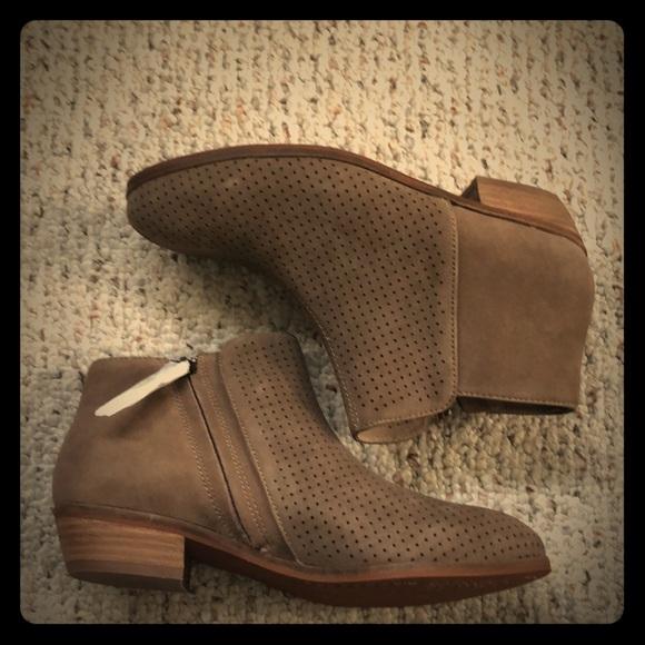 62836378550e04 Sidewalk Rocklin Perf Dark Nude Suede booties